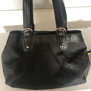 Authentic coach purse black